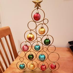 New! Ornament tree